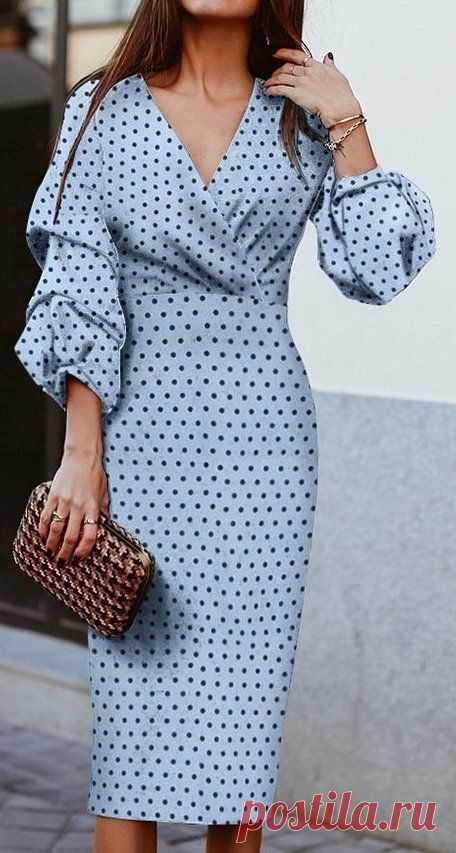 Шикарные платья-миди с необычным рукавом