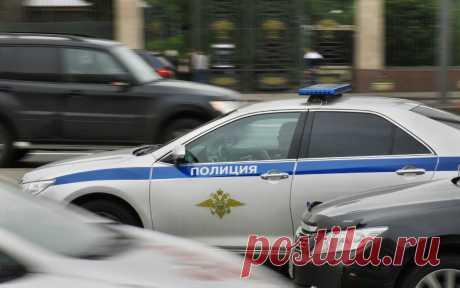 В Москве задержали 34 участника драки на футбольном поле. Полиция Москвы задержала 34 участника массовой драки на юге столицы и привлекла их к административной ответственности за мелкое хулиганство.