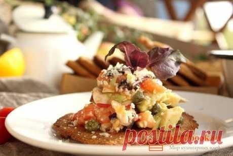 Вкусный салат пошаговый рецепт с фото   Foodbook.su Яркий вкус обеспечен, если в салат добавить немного чесночного масла. На скорую руку и к любому столу, вот девиз этого простого рецепта.
