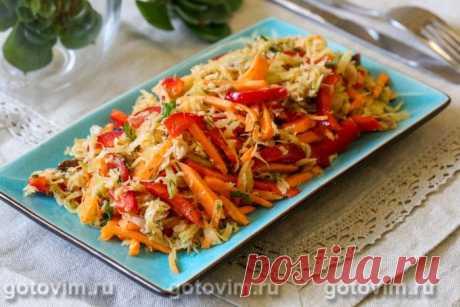 Овощной салат из зеленой редьки и копченой рыбы / Готовим.РУ