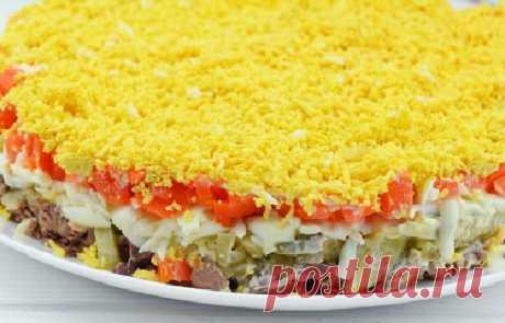 Салат с куриной печенью и соленым огурцом — СОВЕТНИК