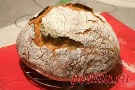 Пеку хлеб без длительного вымешивания и хлебопечки, при этом трачу не более 10 минут (не считая выпекания) | Как Вкусно! С Ириной Юхновец | Яндекс Дзен