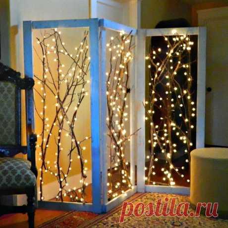 Смелые идеи для украшения комнат новогодними гирляндами: самые крутые примеры