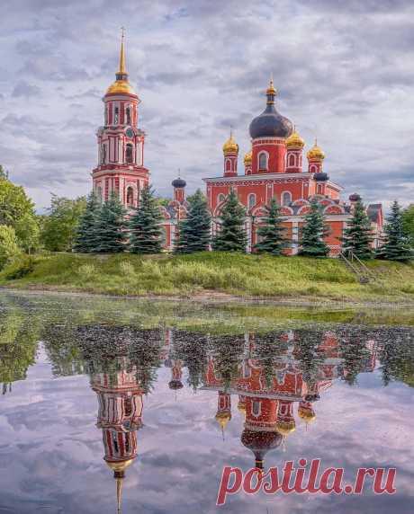 Воскресенский собор в Старой Руссе.