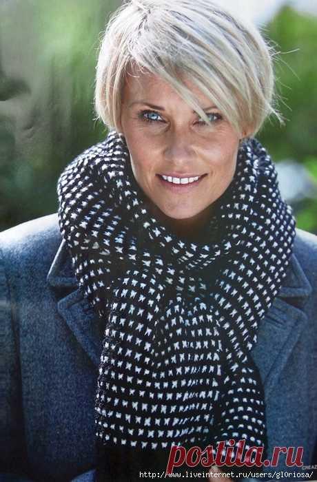Чёрно-белые шарф и шапочка ленивым жаккардом