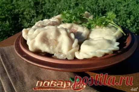 Вареники.  источник Лучшие рецепты Повара  Вареники. Это вкусное и сытное блюдо никогда не надоедает, тем более с таким разнообразием начинки, и это еще не все её виды, которые я перечислила. Вареники можно вар…