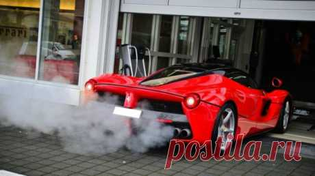 Ferrari отказывается от электричества Руководитель Ferrari 65-летний Луи Камильери заявил, что компания при его жизни не перейдет на электрические автомобили. Он скептически высказался об «электрическом» будущем автопрома во время…