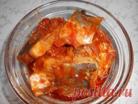 Сельдь в остром томатном соусе!  Вкуснейший рецепт!!!