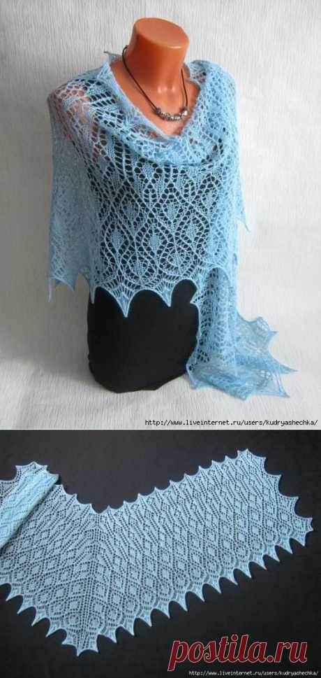 Голубая ажурная шаль из немецкой пряжи Regia Lace.
