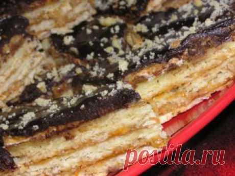 Тисто с горихами, чорносливом та бороцковым лекварем Все береговчанки любят рецепты вкусных блюд. Этим рецептом начну соблазнять всех читателей сайта вкуснючей закарпатской выпечкой.Тисто— это такое пирожное, торт или пирог, который выпекается величиной с тэпшу (противень). Печется тисто не только по праздникам, часто тистА пекутся просто в пятницу, чтобы на выходных вся семья могла покушать сладкой вкуснятинки.Вот рецепт очень парадного, как говорят на …