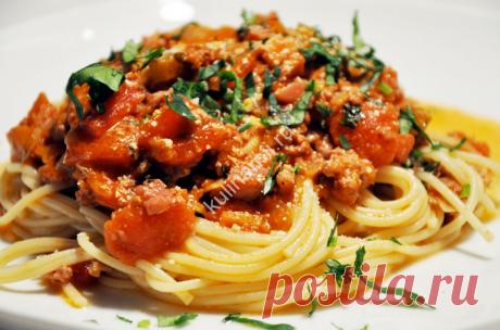 Как готовить спагетти Болоньез? Представляю вашему вниманию проверенный рецепт спагетии с пастой. Ингредиенты для спагетти: