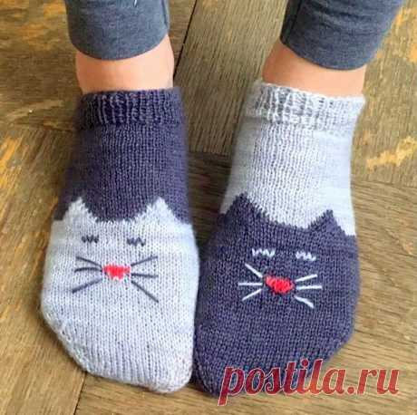 Как связать носки-кошки и следки-кошки на спицах?