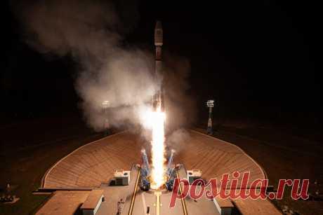 2021 июль. С новейшего российского космодрома Восточный состоялся юбилейный десятый пуск и четвертый в 2021 году. Ракета-носитель «Союз-2.1б» с космодрома Восточный успешно вывела на орбиты 36 спутников OneWeb