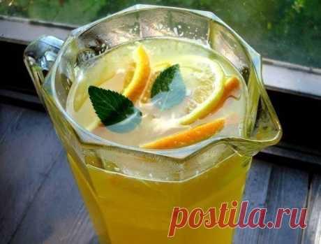 Home-made lemonade