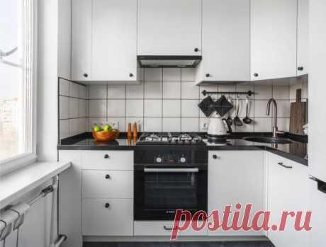 Кухня в хрущевке: актуальный дизайн, 60 фото в интерьере Современная кухня в хрущевке может и должна быть стильной и функциональной. Как грамотно оформить дизайн? Рассмотрим лучшие фото и идеи.