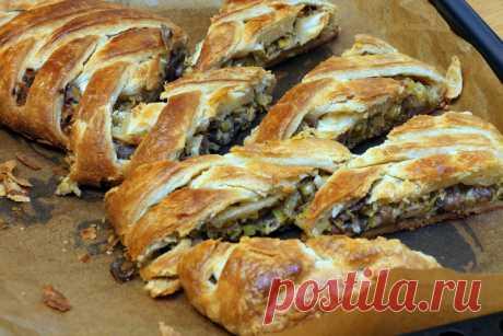 Пирог с луком пореем и маслятами - Ça Ira