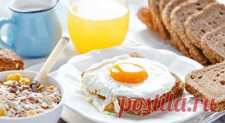 10 вкусных идей подачи яичницы на завтрак, обед и ужин