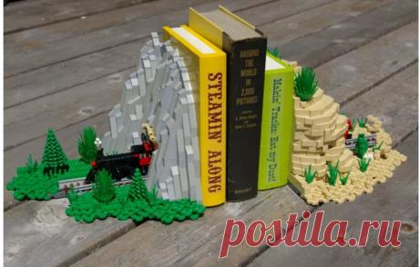 Подставка из Lego
