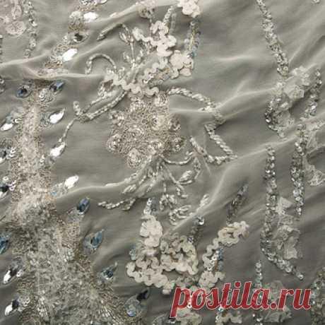 Вышивка на шифоне (айвори, серый) - купить ткань онлайн через интернет-магазин ВСЕ ТКАНИ