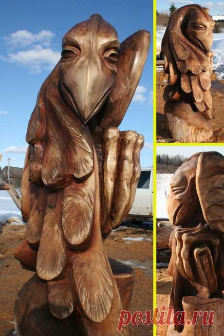 """Деревянная скульптура """"ГОВОРУН"""" выполнена при помощи бензопилы и болгарки. Материал ясень,обработан пинотексом, высота 150 см."""