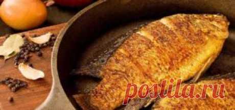 Рыба по-американски | Сегодня готовим рыбу по-американски (рецепт моей  подруги),  для приготовления подходит любая рыба  главное  не большого размера, так чтоб поместилась на  сковороде. Возможно данный рецепт пригодится на кануне  великого рождественского поста.