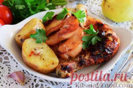 Курица с айвой и картофелем, запеченная в рукаве