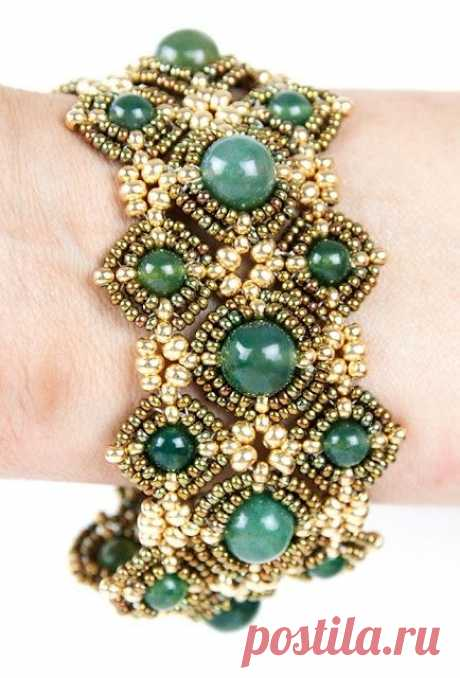 805 best Beadwork - Bracelets, Bangles and Cuffs images on Pinterest | Beaded jewelry, Charm bracelets and Bead jewelry