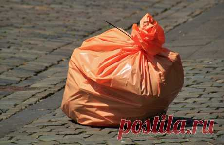 Нужны ли нам мусоропроводы? Здравствуйте, уважаемые сударыни и судари!Законсервировать мусоропроводы в жилых домах предложено Минстрою. Письмо об этом было направлено ...