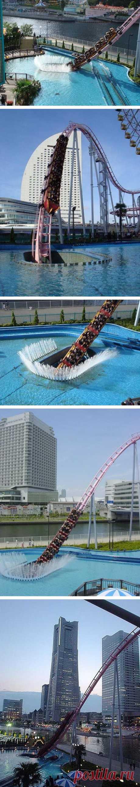 Американские горки ныряющие в бассейн! Япония