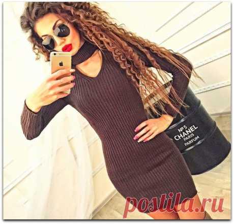 Вязаные мини-платья на красивую осень. Три стильные модели со схемами | Рекомендательная система Пульс Mail.ru
