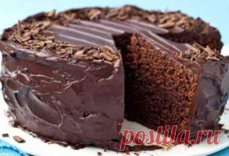 Постный шоколадный пирог без яиц