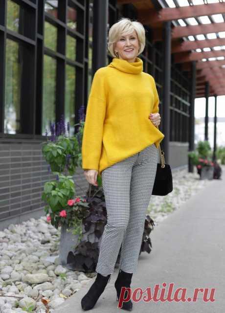 После 50 вы имеете право носить яркие вещи. Подборка стильных образов | Glamiss | Яндекс Дзен