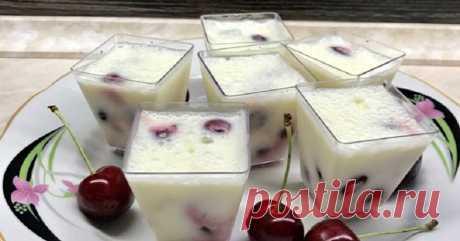 Воздушный десерт «Вишня в снегу»: молочная легкость сметаны в сочетании с ягодной кислинкой! Пошаговый рецепт приготовления десерта с вишней в домашних условиях. Воздушный десерт «Вишня в снегу»: молочная легкость сметаны в сочетании с ягодной кислинкой. Прелесть!