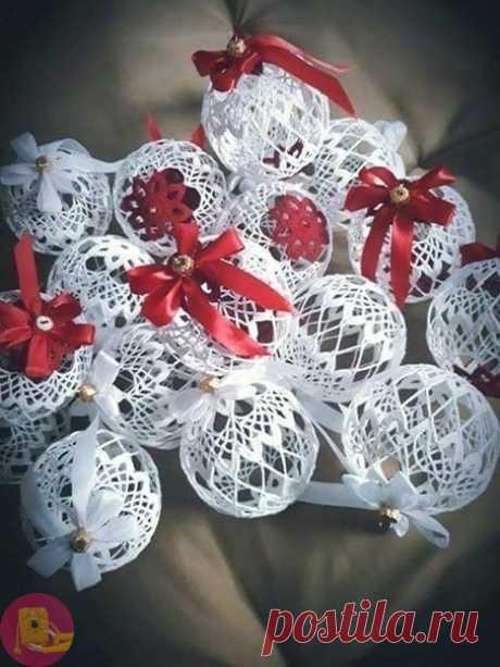 Ёлочные шары крючком для создания воздушного Рождественского настроения