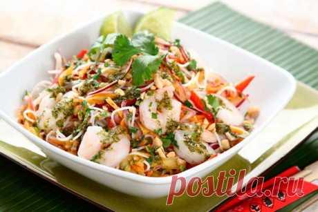 Вьетнамский салат с манго и креветками - пошаговый рецепт с фото.