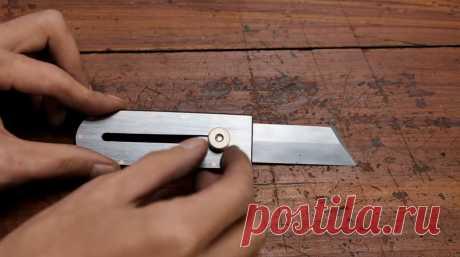 Делаем небольшой складной нож для строительных работ Приветствую всех любителей помастерить, предлагаю к рассмотрению инструкцию по изготовлению небольшого складного ножа для самых разных задач в строительстве или просто в быту. Самоделку автор собрал из пильного диска, получилось надежно, стильно и функционально. Лезвие ножа можно зафиксировать в