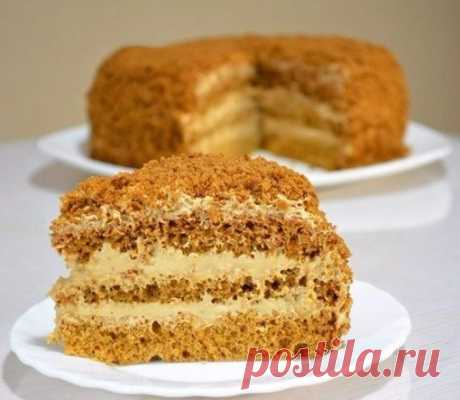 Как приготовить бисквитный медовик со сливочным кремом - рецепт, ингредиенты и фотографии