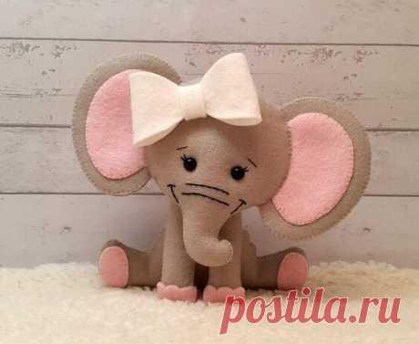 Очаровательные слоники из фетра