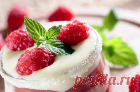 Десерт с малиной и творогом Малиновое облако - Десерты