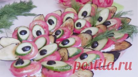 """Баклажаны, или еще их в простонародье называют """"синенькие"""", удивительный овощ, который имеет огромное количество полезных свойств для человеческого организма, богат клетчаткой и витаминами, и при этом низкокалориен. Как приготовить баклажаны? Можно абсолютно по-разному, их можно запечь, законсервировать, пожарить, потушить."""