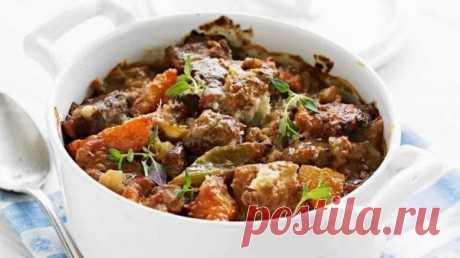 👌 Жаркое из свинины и овощей - ужин для всей семьи, рецепты с фото Жаркое с овощами идеально подойдёт для вкусного и сытного семейного ужина. Во-первых, готовится оно довольно просто, а во-вторых, можно действительно хорошо накормить достаточно бо...