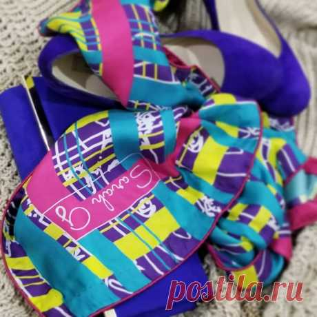 Scarves 2019 for Women: The most Stylish Scarf Trends 2019 (37+ Photos and videos) Scarves 2019 are real boom of 2019 fashion trends. The colors, as well as the materials of scarf trends 2019 are different for each manufacturer.
