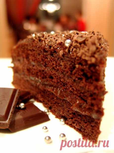 Шоколадный торт на сгущенке с заварным кремом