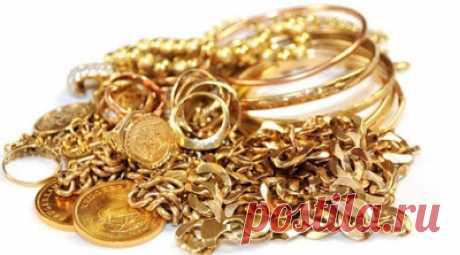 Сила золота. Влияние золота на здоровье человека...   Моду на ношение золотых обручальных колец ввели египетские жрецы, сделав их символом вечной верности и любви. Но! Но при этом разрешалось надевать кольцо исключительно на средний палец левой руки, п…
