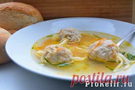 Как приготовить суп с фрикадельками - пошаговый рецепт с фото (суп «Паучок»)   Для того чтобы приготовить суп «Паучок» понадобится:  Вода – 4 л Говяжий фарш – 500 г Яйцо - 1шт. Лук репчатый – 1 шт. (средняя) Кефир –