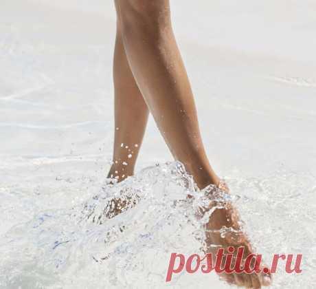 Упражнения цигун : Долголетие начинается с ног По мнению древних, старость начинается не с морщин на лице, а с болезней ног, и поднимается выше. Поэтому на Востоке столько внимания уделяется ногам, и секрет молодости заключается в укреплении ног