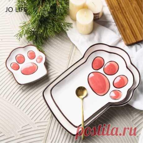Забавная тарелка в виде кошачьей лапы