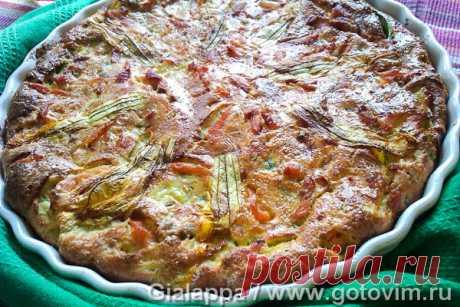 Клафути с овощами и лососем. Рецепт с фото Рецепт несладкого клафути с кусочками копченого лосося и слегка обжаренными овощами. Из овощей подойдут молодые тонкошкурые цуккини, зеленый лук вместе с луковицами и, к примеру, зеленый горошек. Для украшения клафути взяли цветы тыквы. Пирог лучше подавать теплым.