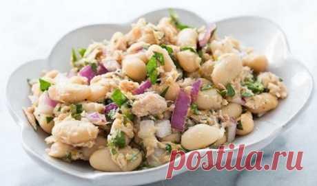 Салат из рыбных консервов / Простые рецепты