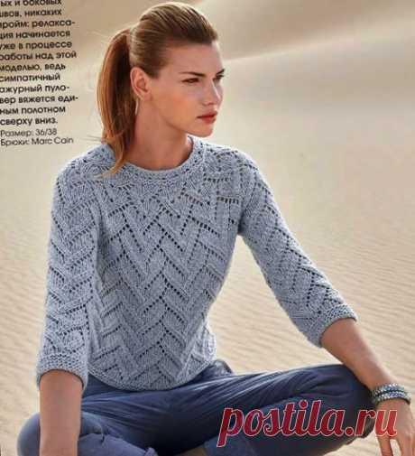 Летний ажурный женский пуловер с круглой кокеткой спицами